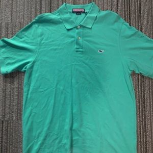 Size large vineyard vines polo button up.
